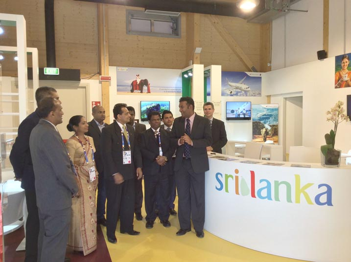 sltb_expo2015_1 Charge D'Affairs Italy Poshita Perera with Commissioner General Rohantha Athukorala at Expo 2015